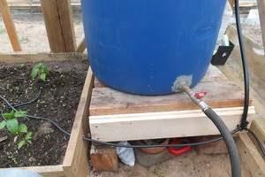 установка капельного полива аквадуся